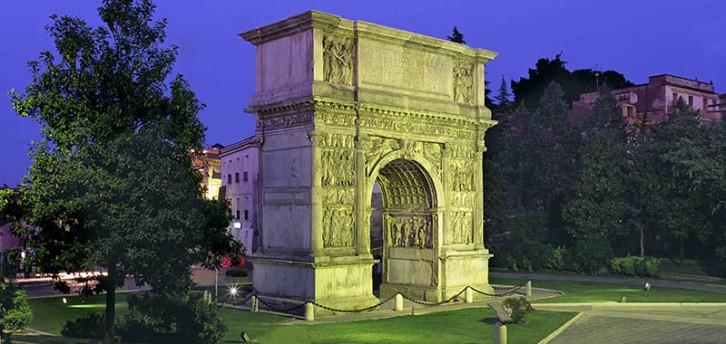 L'Arco di Traiano a Benevento.