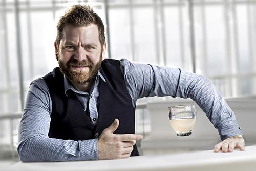 Il bartender Mirko Turconi