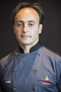 Il maestro pizzaiuolo Antonio Troncone
