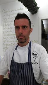Dario Rossi nella sua gelateria Greed Avidi di Gelato