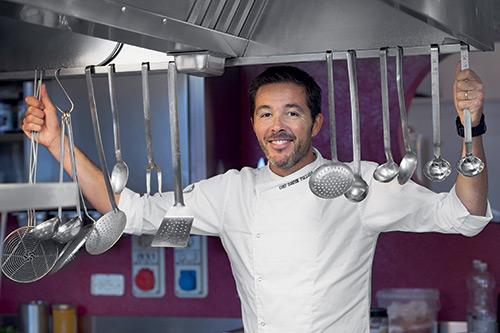 Davide Palluda nel suo ristorante stellato All'Enoteca