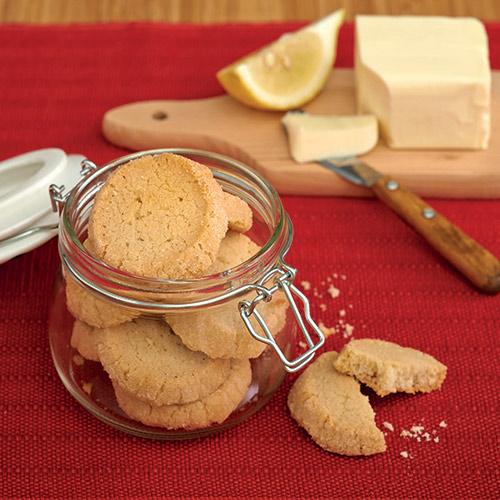Biscotti al burro bavarese e limone