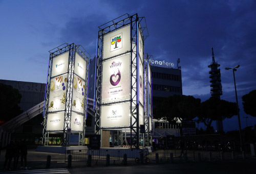 Il Vinitaly 2019 by night