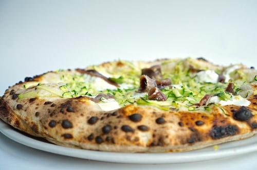 Pizza Andria con impasto napoletano