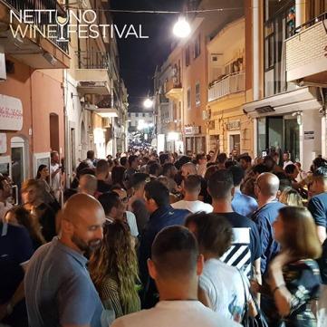 Eno-appassionati al Festival del vino di Nettuno