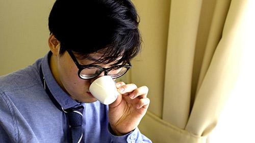 Un taster coreano IIAC (Istituto Internazionale Assaggiatori Caffè)