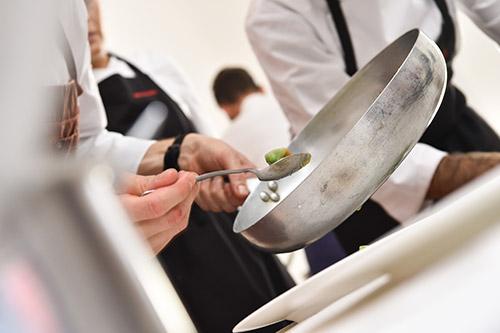 Chef della Top Italian Restaurants 2020 ai fornelli