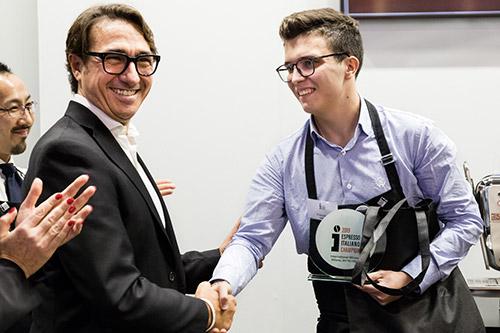Luigi Morello premia Stefano Cevenini