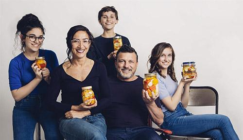 Morgan Pasqual con tutta la sua famiglia