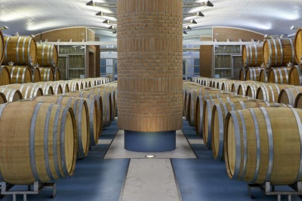 La cantina dell'azienda vinicola La Tunella