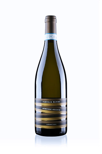 Bottiglia di Demesse Vecchie Lugana Doc Famiglia Olivini