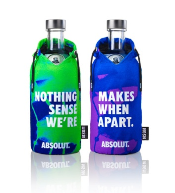 Coppia di bottiglie verde-blu fronte Limited Edition Absolut Better Together